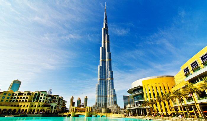 Dubai with Burj Khalifa Tour Package offers innumerable pleasures traveling to Evening Desert Safari Dubai
